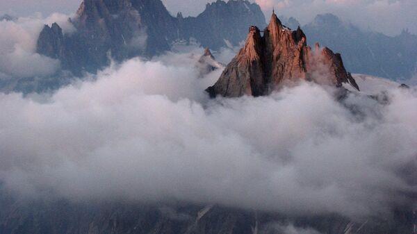 Горная вершина Эгюий-дю-Миди во Франции
