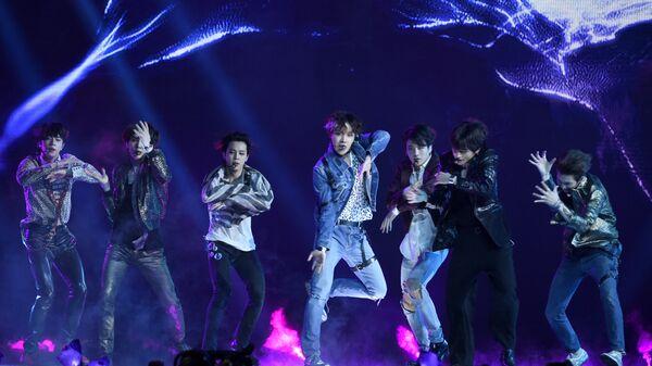 Южнокорейская k-pop группа BTS