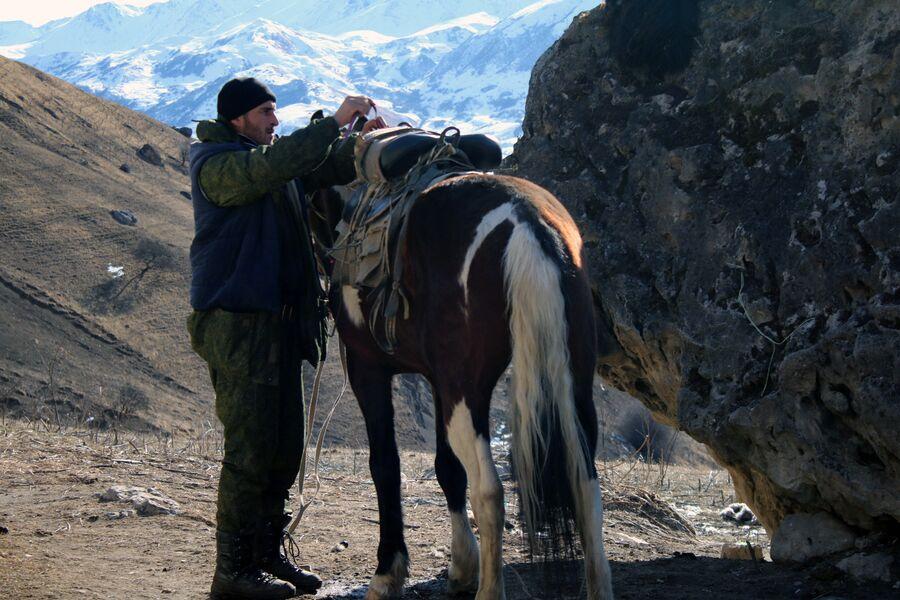 Гостеприимный Заур, встретившийся на на пути в Верхней Балкарии