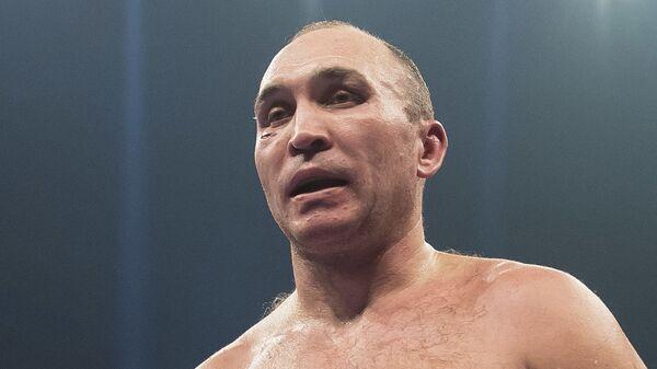 Российский боксер тяжелого веса Александр Устинов