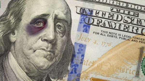 Изображение Бенджамина Франклина с подбитым глазом на банкноте номиналом сто долларов США