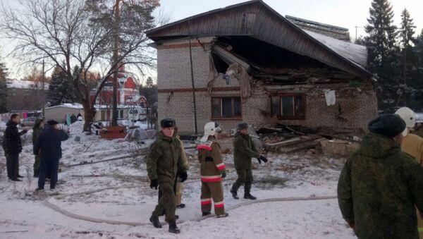 Последствия взрыва газа в двухэтажном доме в Киржачском районе Владимирской области. 28 ноября 2018