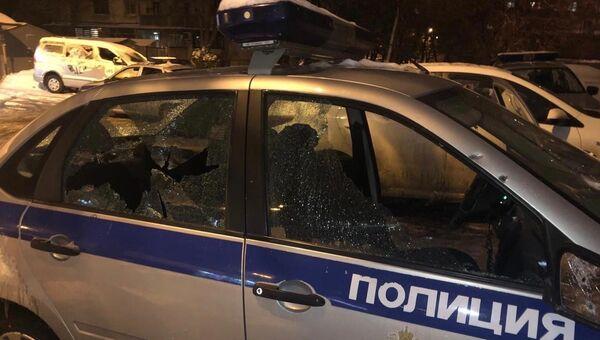 Автомобиль сотрудников Росгвардии Краснодара, которые подверглись нападению неизвестного. 29 ноября 2018