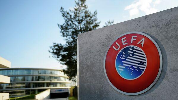 """УЕФА не будет рекомендовать переход на систему """"весна-осень"""" — источник"""