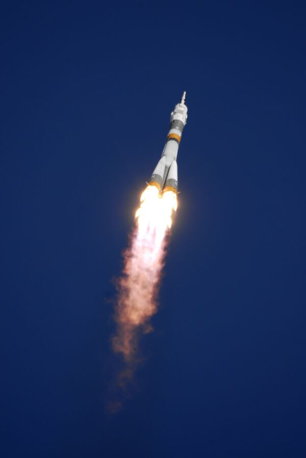 Запуск ракеты космического назначения «Союз-ФГ» с пилотируемым космическим кораблем «Союз ТМА». Архив.