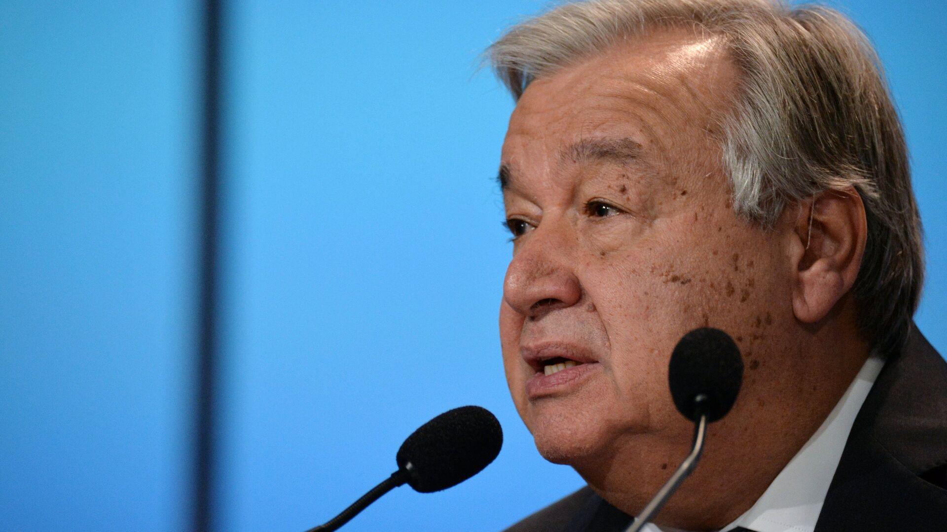 Генеральный секретарь ООН Антониу Гутерреш выступает на открытии 24-й конференции ООН по изменению климата (СОР24) в Катовице. 3 декабря 2018 - РИА Новости, 1920, 22.07.2020