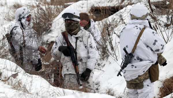 Украинские военные во время учений в Черниговской области. 3 декабря 2018