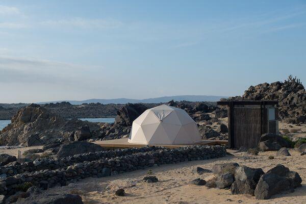 Проект на кемпинге Piedras Bayas Beachcamp в Чили, победивший в категории Small Project of the Year 2018 на Всемирном фестивале архитектуры
