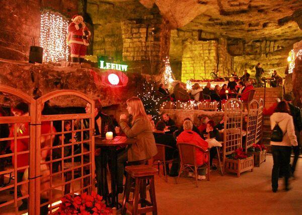 Рождественская ярмарка в Валькенбурге, Нидерланды