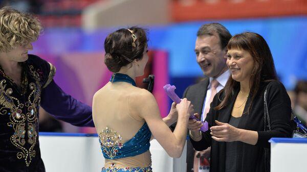 Олег Эпштейн (второй справа) и Марина Зуева (справа)