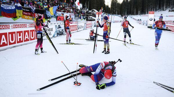 Анастасия Кузьмина после финиша в гонке преследования