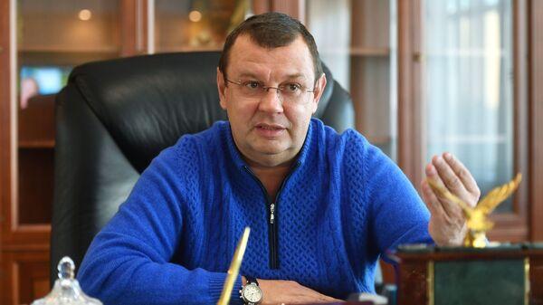 Руководитель Государственного бюджетного учреждения (ГБУ) города Москвы Автомобильные дороги Александр Орешкин во время интервью