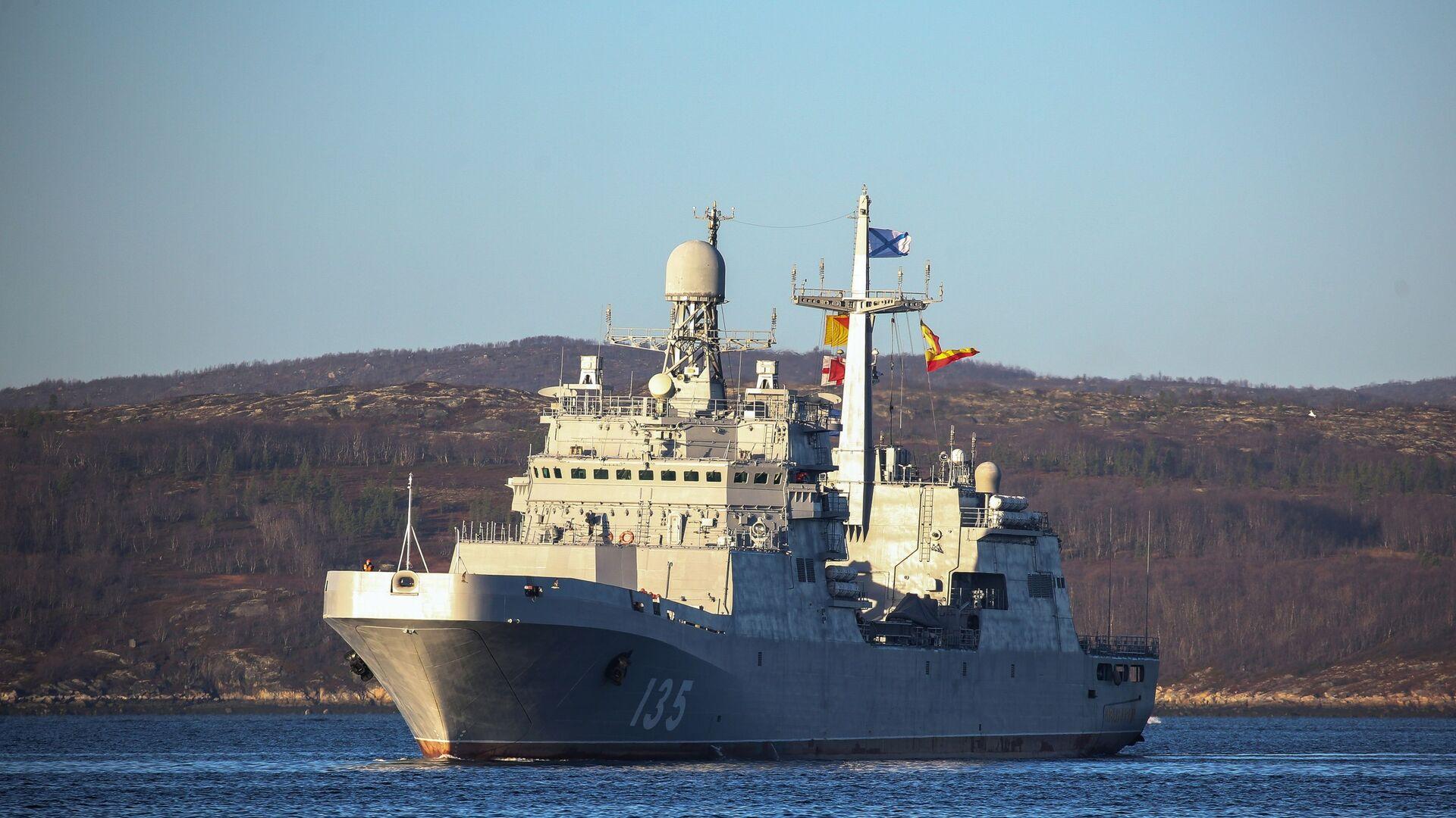 Большой десантный корабль Иван Грен - РИА Новости, 1920, 23.12.2020