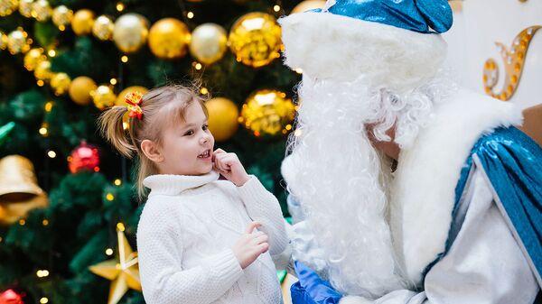 Почему покупать подарки в детдома вредно и как поздравить сирот правильно?