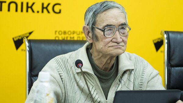 Профессор, заслуженный деятель науки Киргизии Эмиль Шукуров