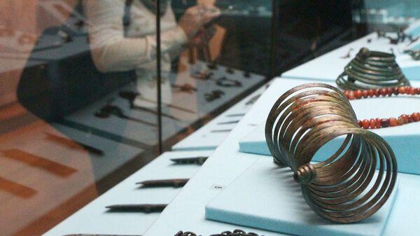 Выставка Бронзовый век. Европа без границ в Историческом музее в Москве, на которой демонстрировались изделия из Эберсвальдского клада