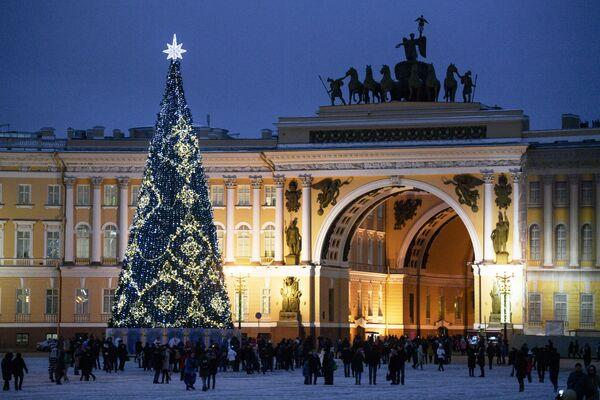 Главная новогодняя елка в Санкт-Петербурге