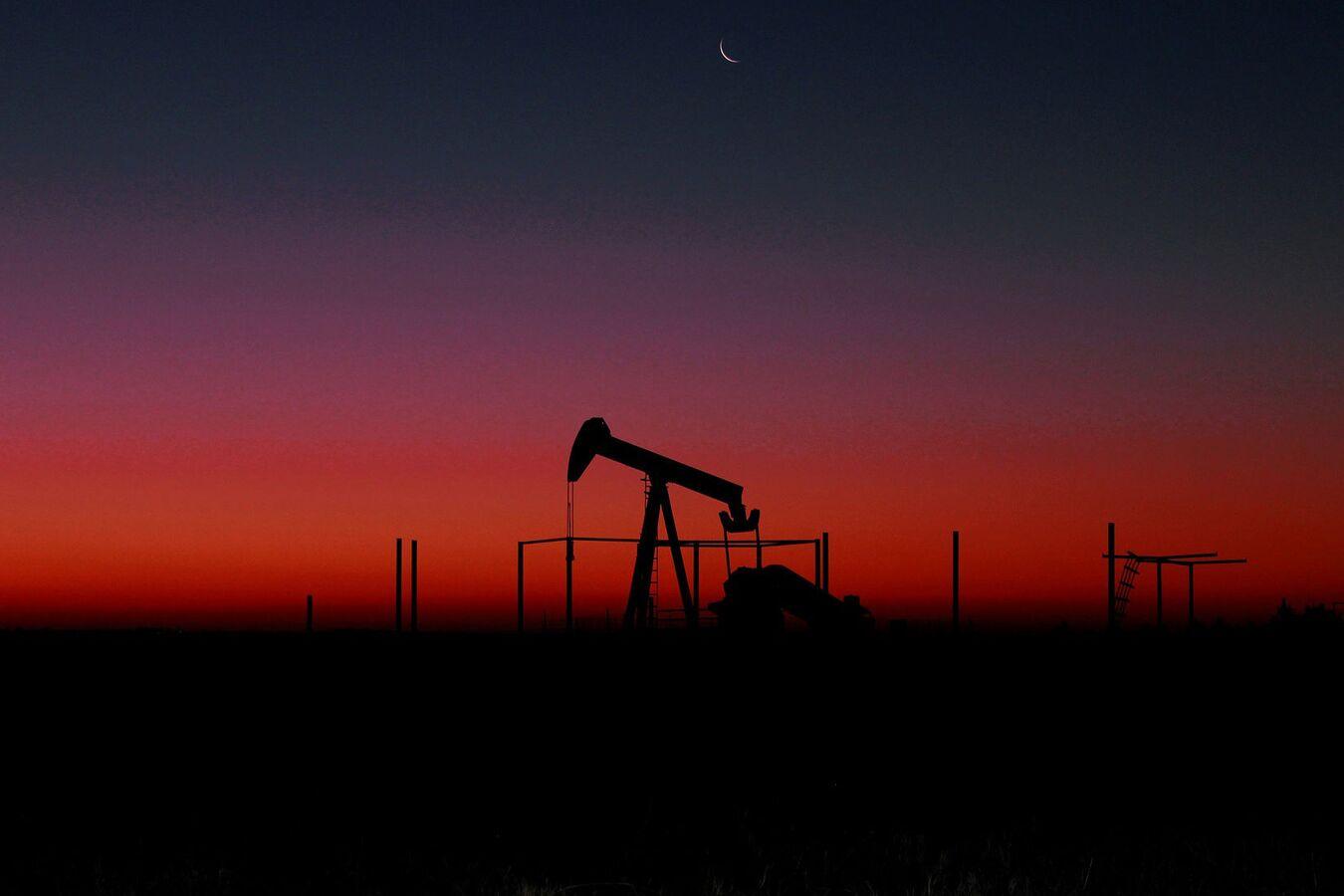Россия опустилась на третье место по объему добычи нефти