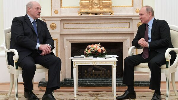 Президент РФ Владимир Путин и президент Белоруссии Александр Лукашенко во время встречи. 25 декабря 2018