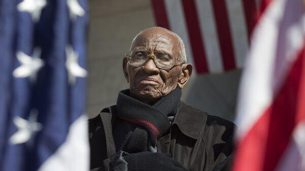 Старейший американский ветеран Второй мировой войны Ричард Овертон