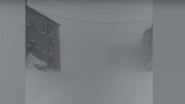 Последствия снежной лавины в Хабаровском крае сняли на видео