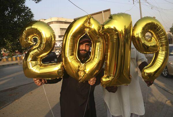 Празднование Нового года в Карачи, Пакистан. 31 декабря 2018