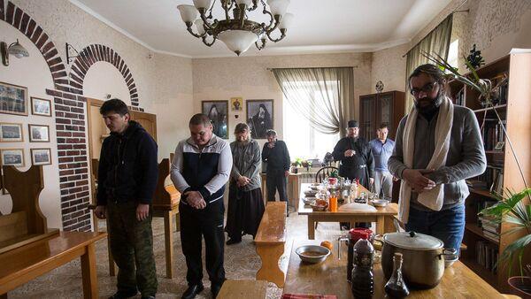 В монастырском скиту в селе Новотроевке Белгородской области