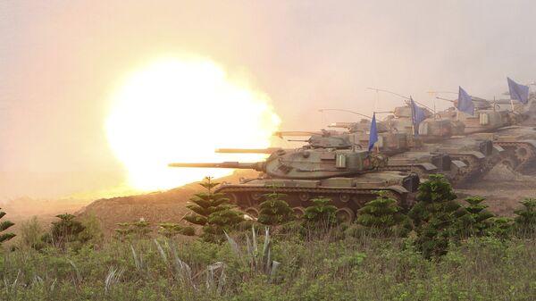 Танки M60A3 Patton во время учений