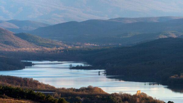 Партизанское водохранилище в Крыму