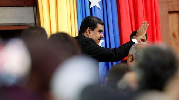 Николас Мадуро на церемонии приведения к присяге на второй президентский срок в Каракасе. 10 января 2019