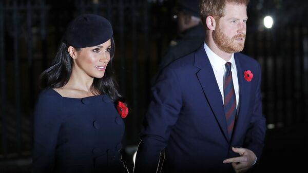 Герцог и герцогиня Сассекские прибывают в Вестминстерское Аббатство на службу в честь 100-летия окончания Первой мировой войны