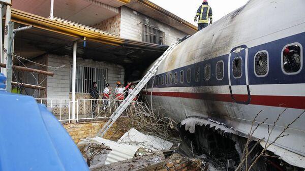 Место крушения грузового самолета Boeing 707 в окрестностях Тегерана. 14 января 2019