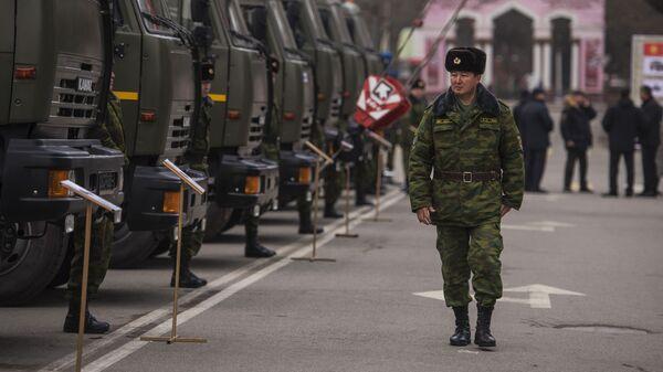 Церемония передачи российской военной техники Киргизской Республике в Бишкеке. 15 января 2018