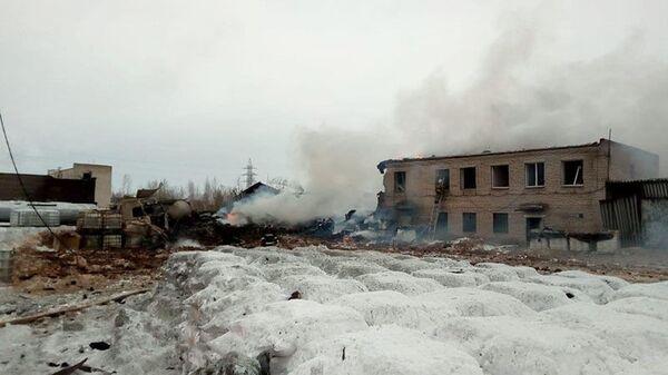 Взрыв на заводе Полипласт в Ленинградской области