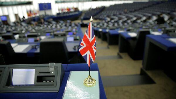 Флаг Великобритании в зале заседаний Европейского парламента в Страсбурге