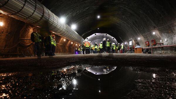Железнодорожный тоннель на керченском подходе к Крымскому мосту