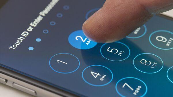 Ввод пароля на смартфоне