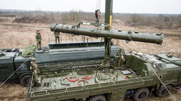 Учения расчетов ракетного комплекса Искандер-М