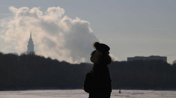 Девушка в одном из парков Москвы
