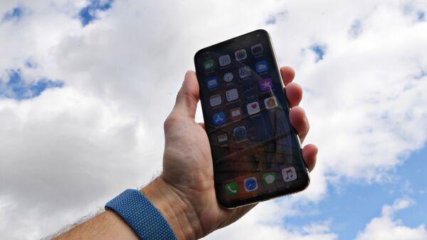 Смартфон компании Apple