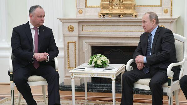 Президент РФ Владимир Путин и президент Молдавии Игорь Додон во время встречи. 30 января 2019