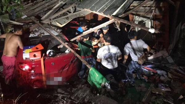 На месте аварии на острове Пхукет, Тайланд