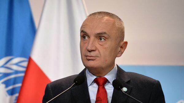 Президент Албании призвал к сдержанности в ходе протестов в Тиране