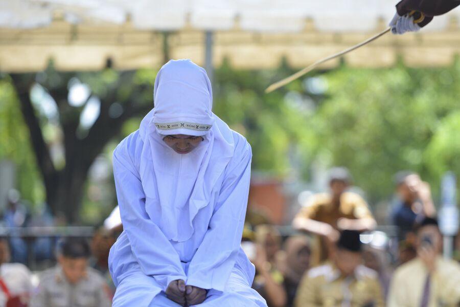 21-летняя мусульманка подвергается наказанию по законам шариата