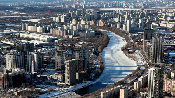 Вид на Москву-реку, районы Шелепиха и Фили