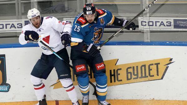 Игровой момент матча Сочи - Слован