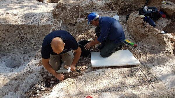 Раскопки в городе Цур Натан Центрального округа Израиля