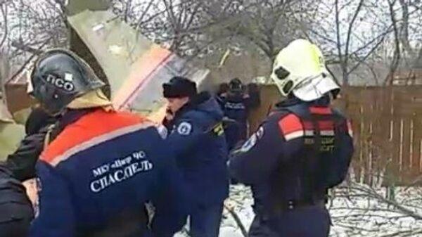 Легкомоторный самолет упал на дачный участок в Коломенском районе Подмосковья. 28 февраля 2019