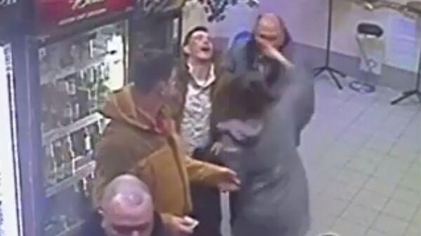 Конфликт в пивном магазине в городе Гусь-Хрустальный