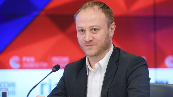 Заместитель главного редактора МИА Россия сегодня Дмитрий Горностаев